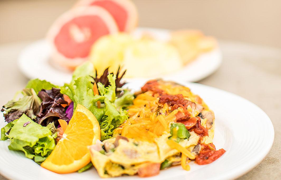 Order Breakfast Amenities of Honolulu, Hawaii Hotel